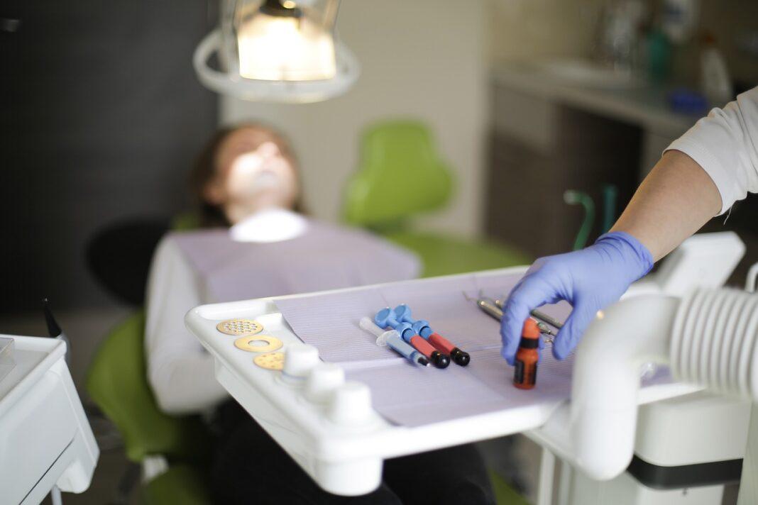 Dentisti, quanto guadagnano (davvero)