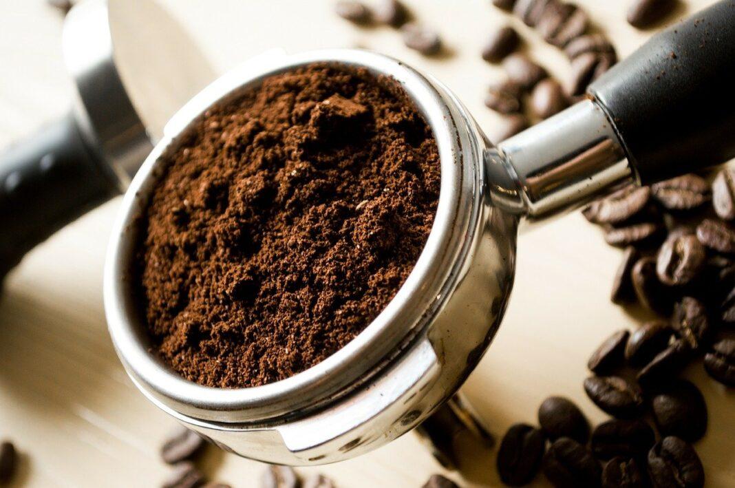 eliminare il calcare dalla macchina da caffè